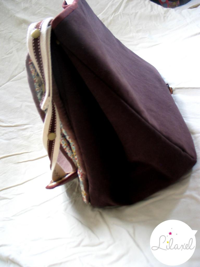 vue de côté du sac à langer par lilaxel