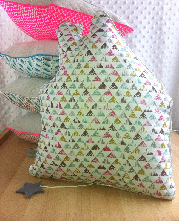 douce maison lilaxel - coussin triangles