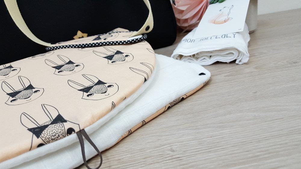 sac à langer lilaxel - base noire - jolis lapins rose - andre lauren - 06