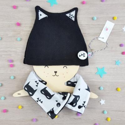 bonnet petit chat lilaxel noir et batman - www.lepetitmondedelilaxel.com