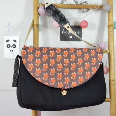 sac à langer lilaxel noir et renards