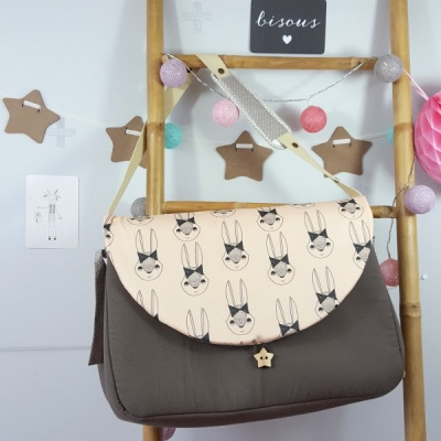 sac-a-langer-lilaxel-taupe-et-lapins