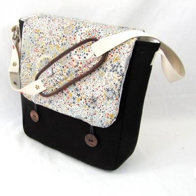 petit sac a langer marron et adelajda multico lilaxel - www.lepetitmondedelilaxel.com