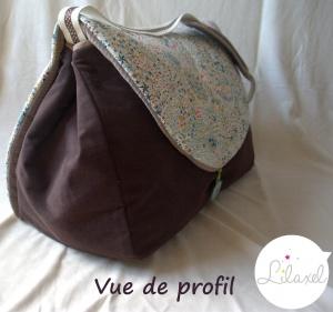 vue de profil du sac à langer Lilaxel