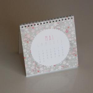 calendriers-calendrier-de-bureau-2016-avec-13-i-16790114-calendrier-mai-ba26-94b18_570x0
