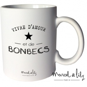 mug-mat-vivre-d-amour-et-de-bonbecs