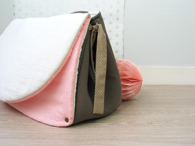 sac à langer taupe et plumetis - lilaxel - 05