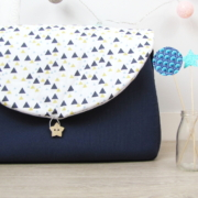 sac à langer lilaxel - bleu et bographik triangles - 01