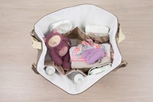 intérieur sac à langer - www.lepetitmondedelilaxel.com
