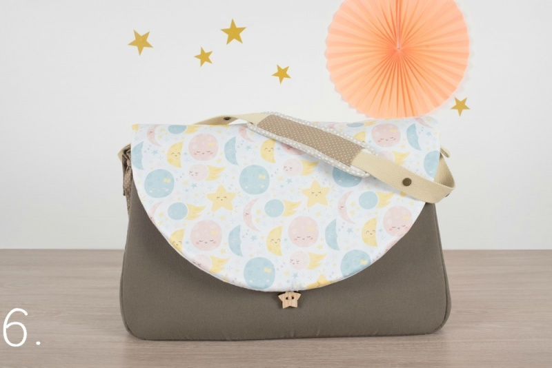 sac à langer - taupe et lunes étoiles - www.lepetitmondedelilaxel.com