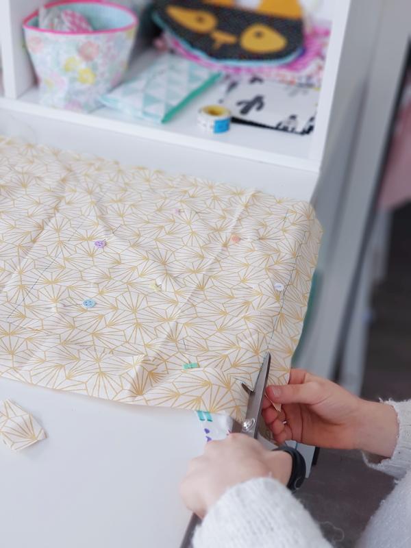 atelier-couture-enfant-avec-lilaxel-ciseaux-pour-gaucher