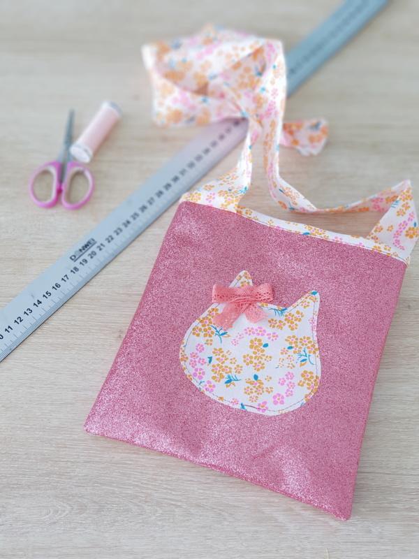 atelier couture enfant chez papa ours à lorient - la pochette à paillettes - lilaxel