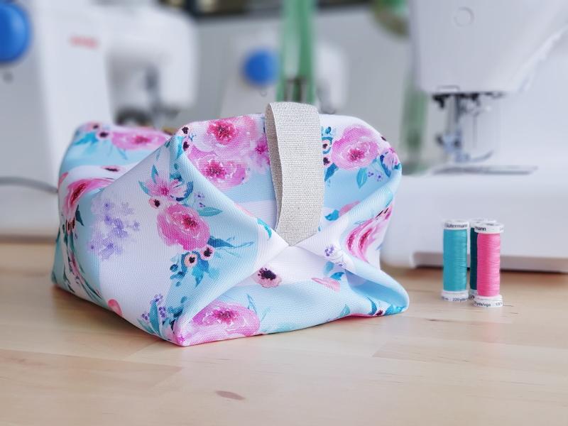 atelier couture enfant à lorient - papa ours - lilaxel - trousse de toilette origami